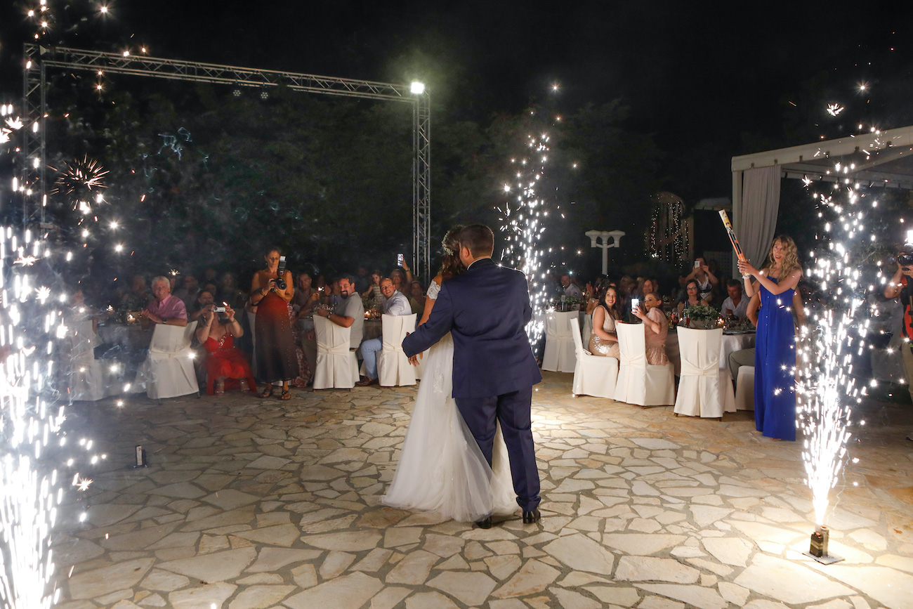 images/kefalonia_weddings/kefalonia_wedding_venues/kefalonia_wedding_planners/gamos_kefalonia/12_gamos_kefalonia.jpg